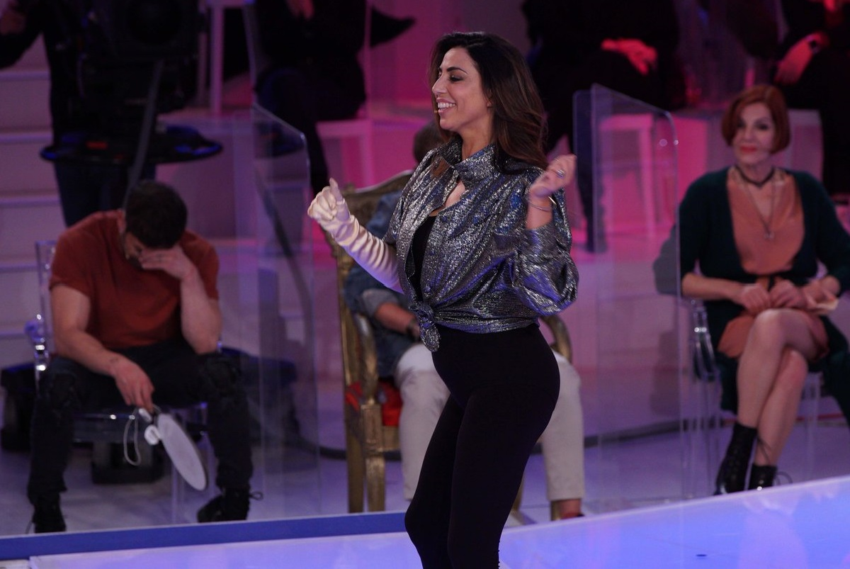 UeD: how the outfits of the participants are chosen