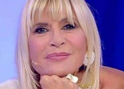 UeD: Gemma Galgani torna il sorriso sul volto della dama