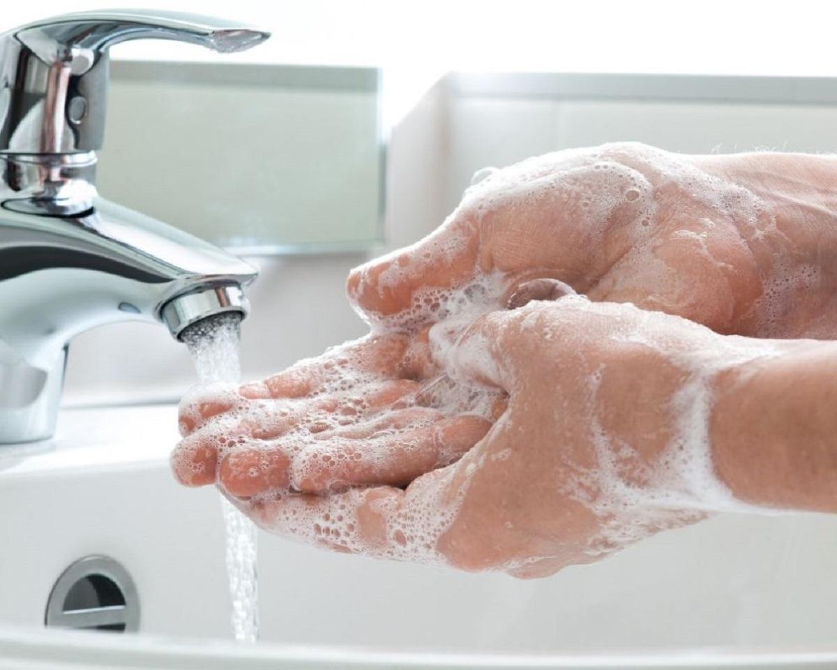 le mani lavare