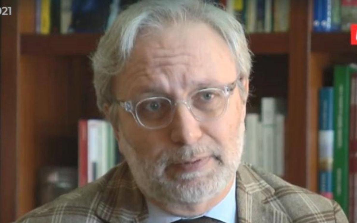 La persona anonima nello studio di Giacomo Frazzitta?