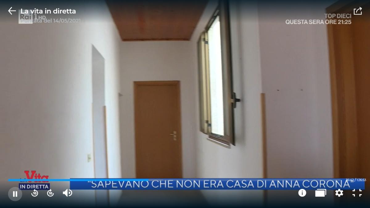 Le telecamere di Rai 1 nella casa di Anna Corona