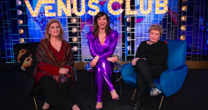 Venus Club, esordio positivo per lo show di Italia 1 con Lorella Boccia, Mara Maionchi e Iva Zanicchi