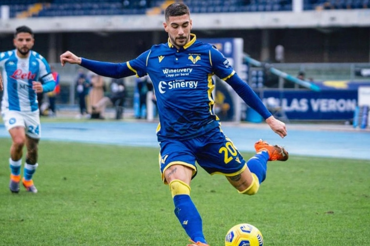 Minacce e insulti a Mattia Zaccagni