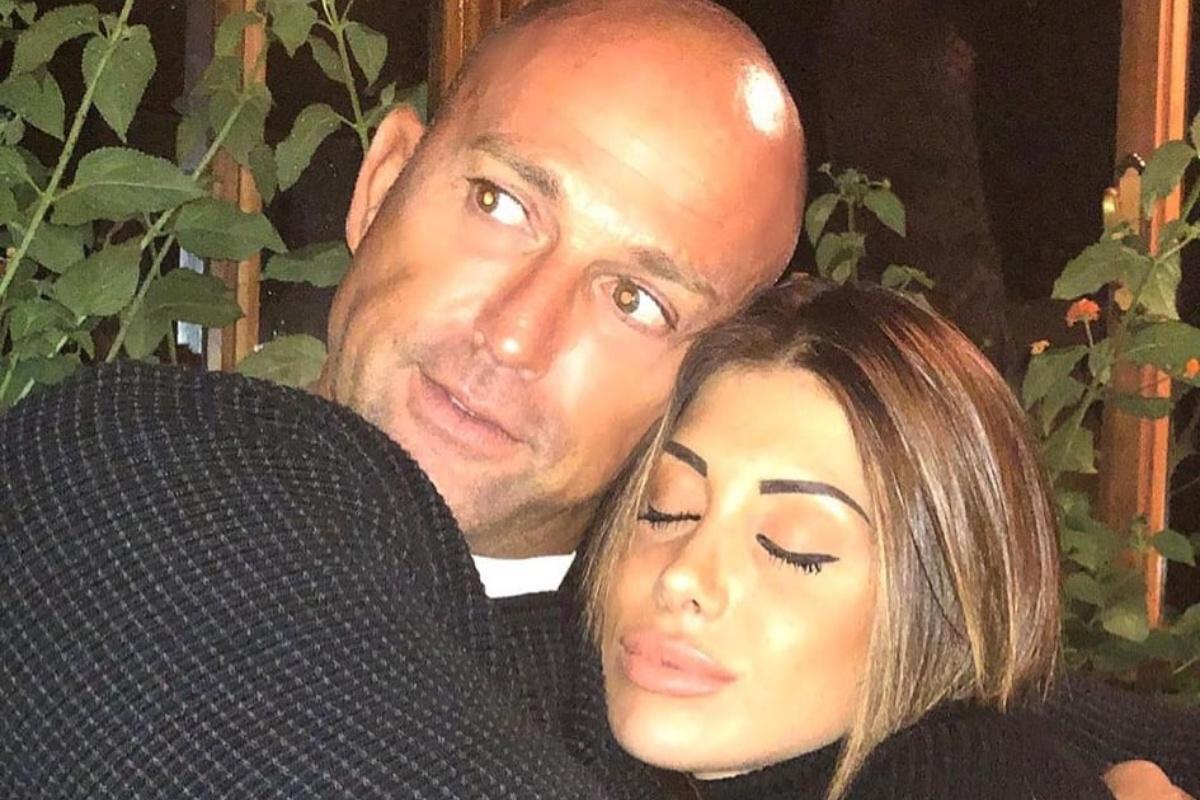 Operazione alle tonsille per Nicoletta Larini