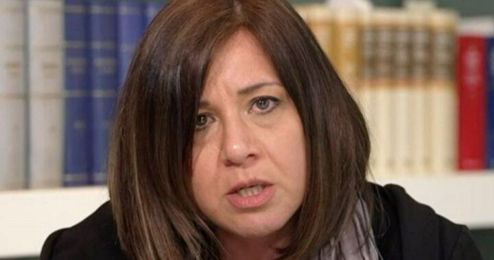 Dopo le parole di Anna Corona, la reazione di Piera Maggio non si fa attendere