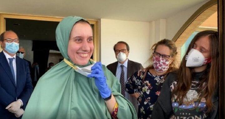Silvia Romano, la nuova vita e le nozze: chi è suo marito