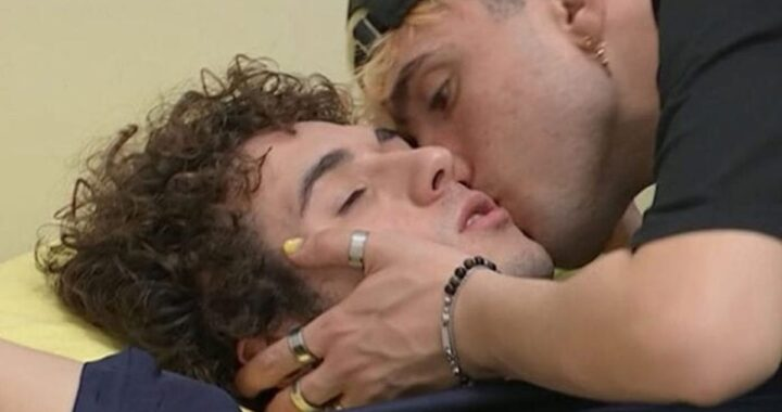 Aka7even innamorato di Tancredi? Il cantante rompe il silenzio sui social