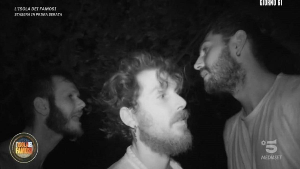 Isola dei Famosi: rissa sfiorata tra Ignazio Moser e Matteo Diamante
