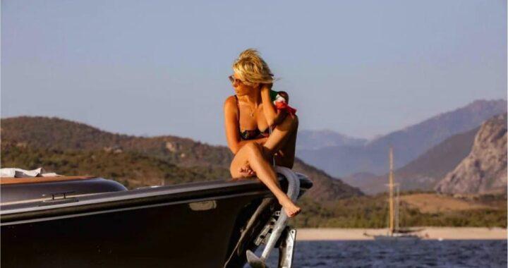 maria de filippi barca