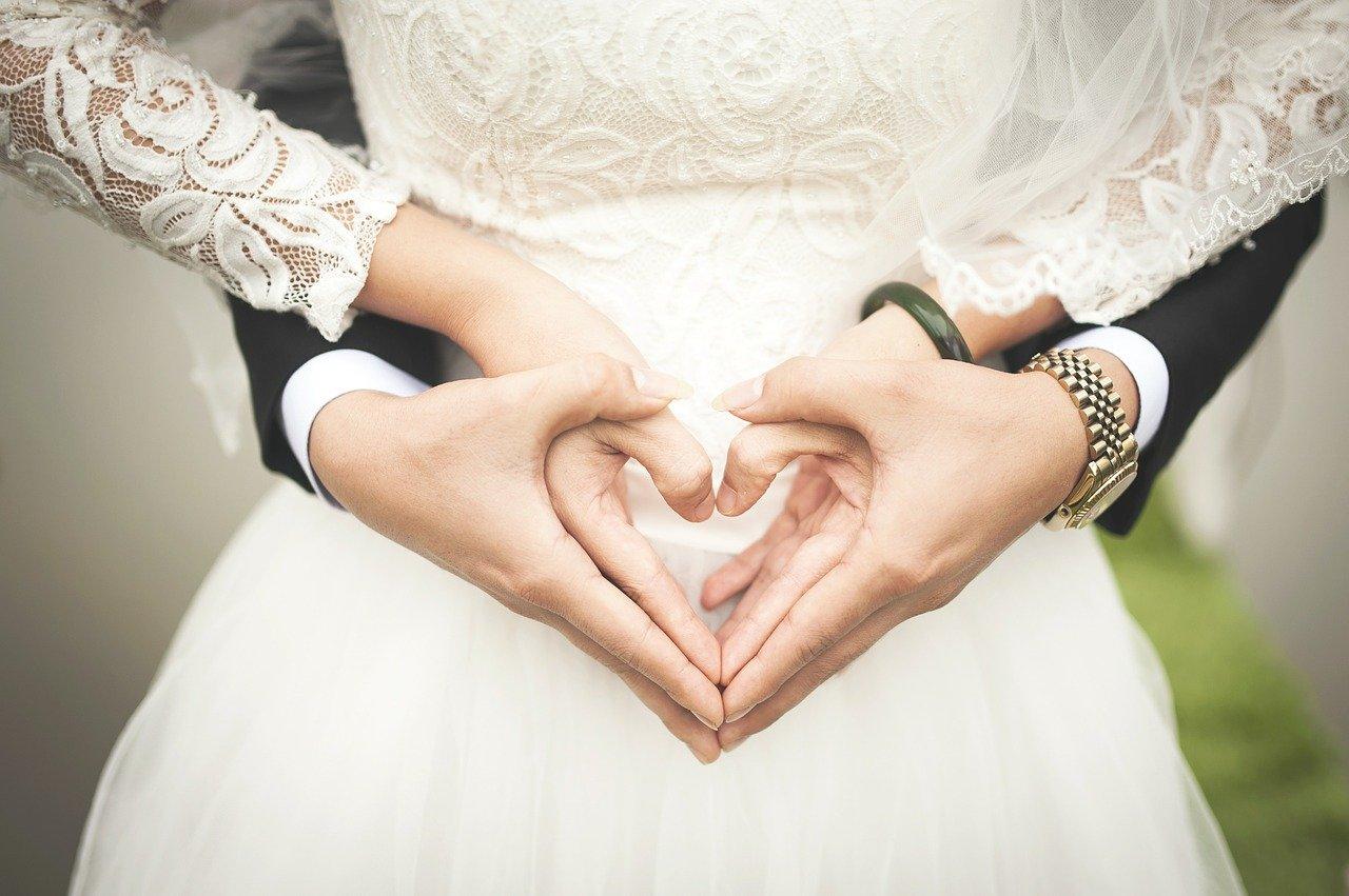 Sposarsi con il coronavirus