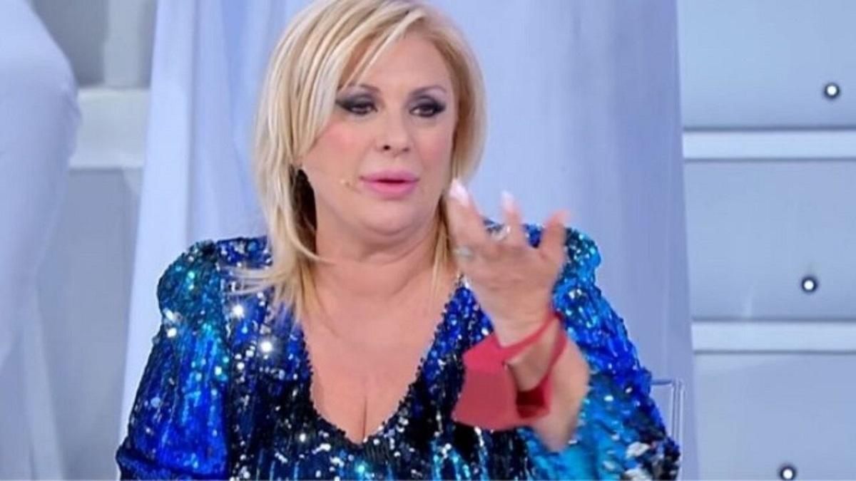 "UeD: scontri tra Tina e Gemma: ""Fai il tacchino nel pollaio"""