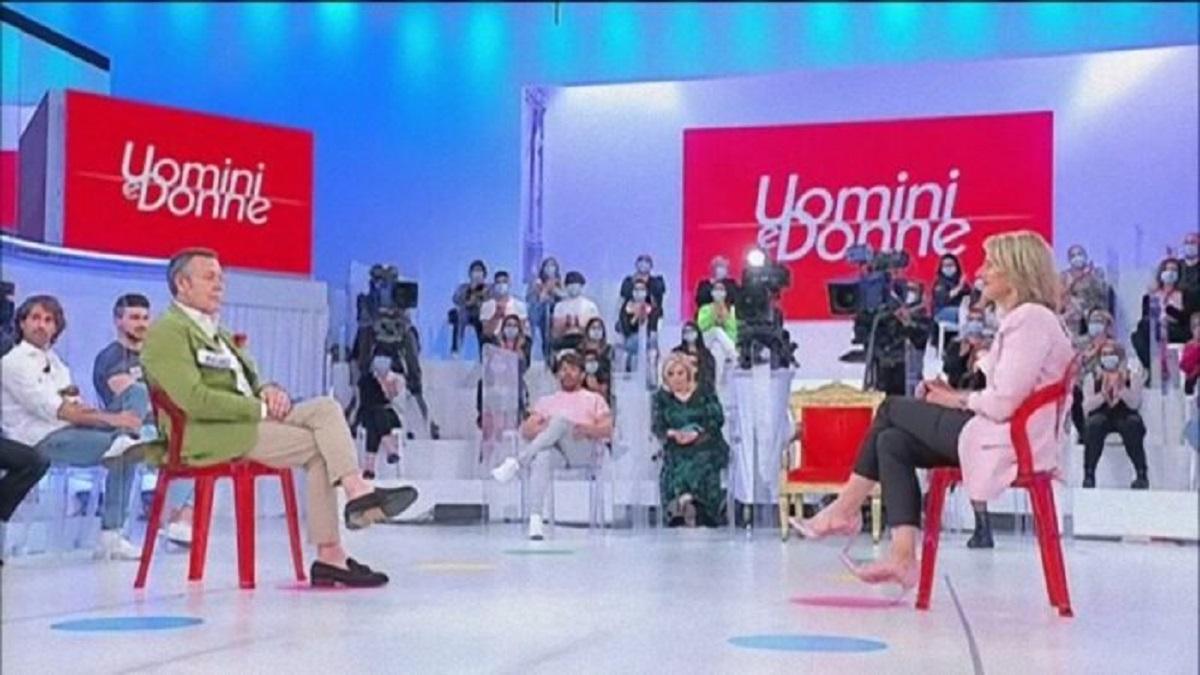 UeD: una coppia del trono over sembra pronta a lasciare lo studio