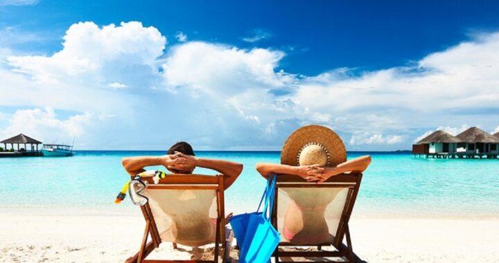 7 accessori indispensabili da portare assolutamente in vacanza al mare