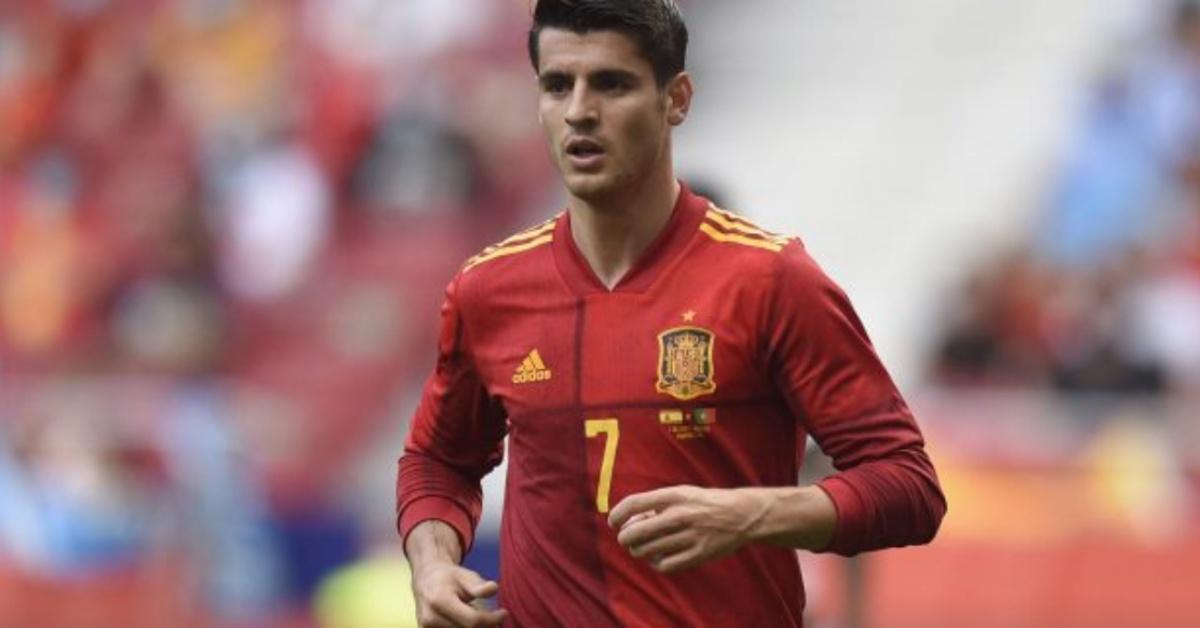 Tifosi insultano e minacciano Alvaro Morata