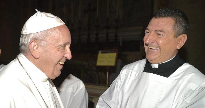 """Fabrizio Gatta, da conduttore di Rai 1 a prete: """"Ecco perché ho preso i voti"""""""