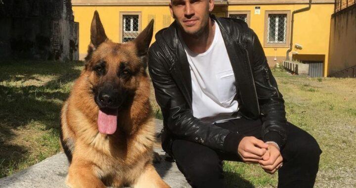 Il commovente addio di Paolo Cannavaro al suo cagnolino Mas