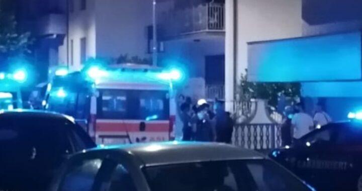 Tragedia a Martinsicuro, bimbo di un anno precipitato dal balcone: è morto sul colpo