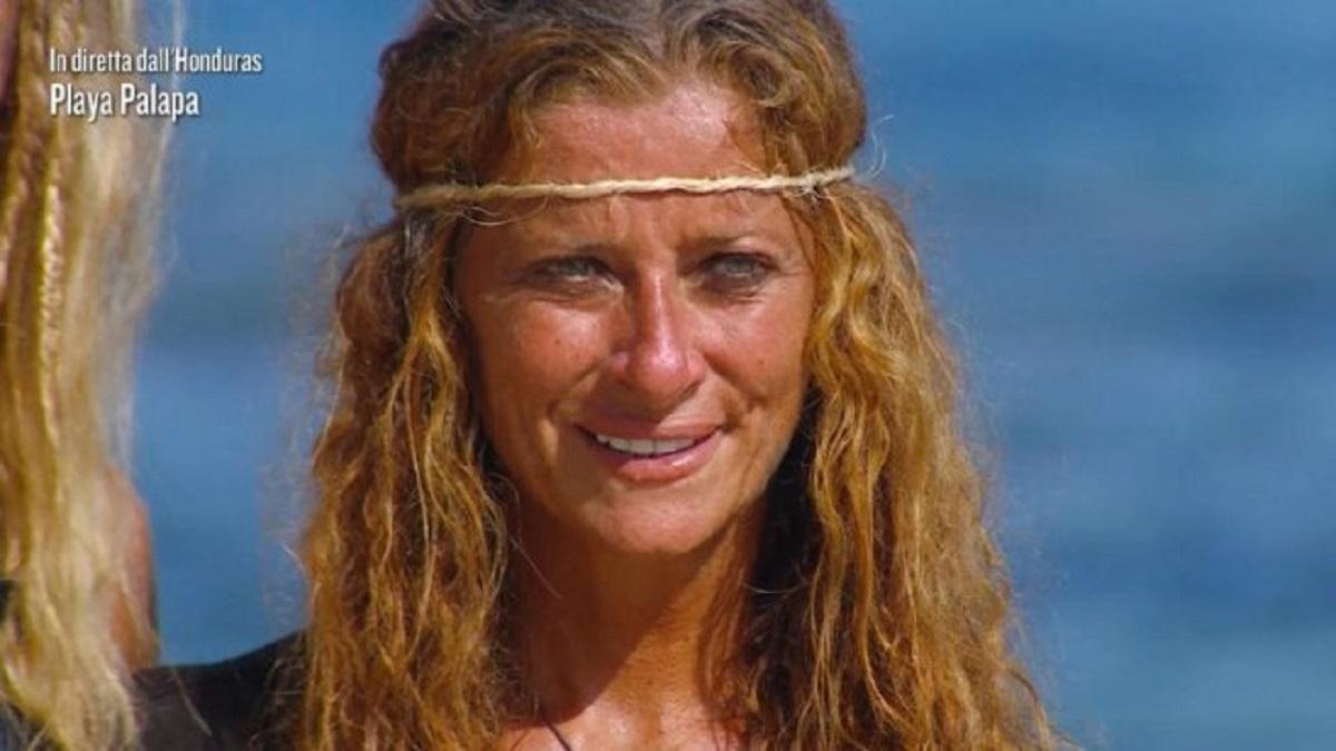 Isola dei Famosi: Ilary Blasi: battuta ambigua a Valentina Persia