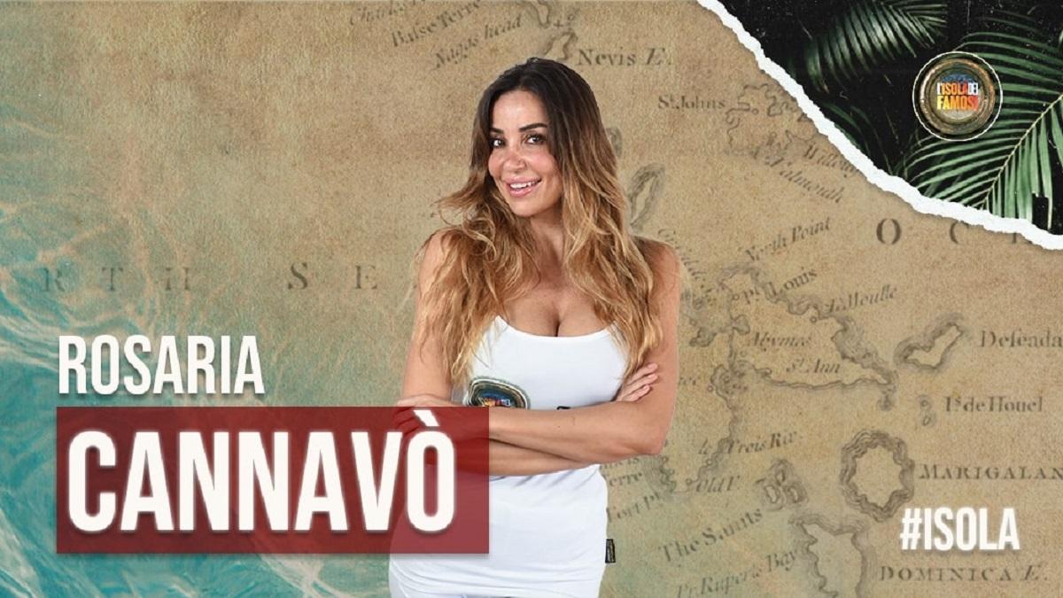 """Isola dei Famosi, Rosaria Cannavò: """"Sono fidanzata"""""""