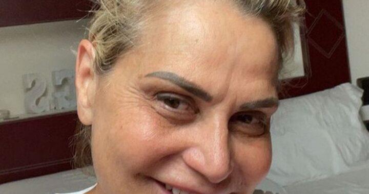 Simona Ventura insultata per questa foto. Interviene la fidanzata dell'ex Bettarini