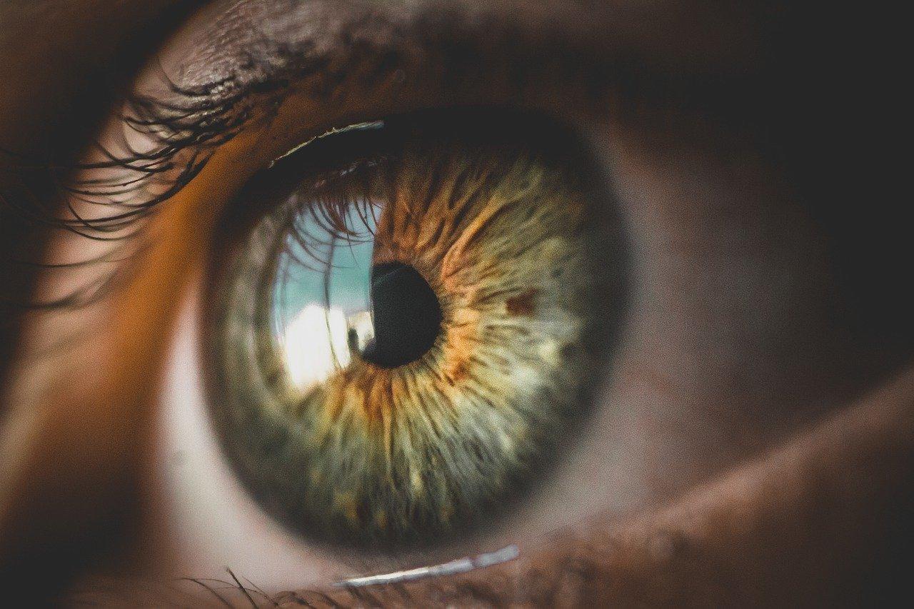 Tremolio nell'occhio