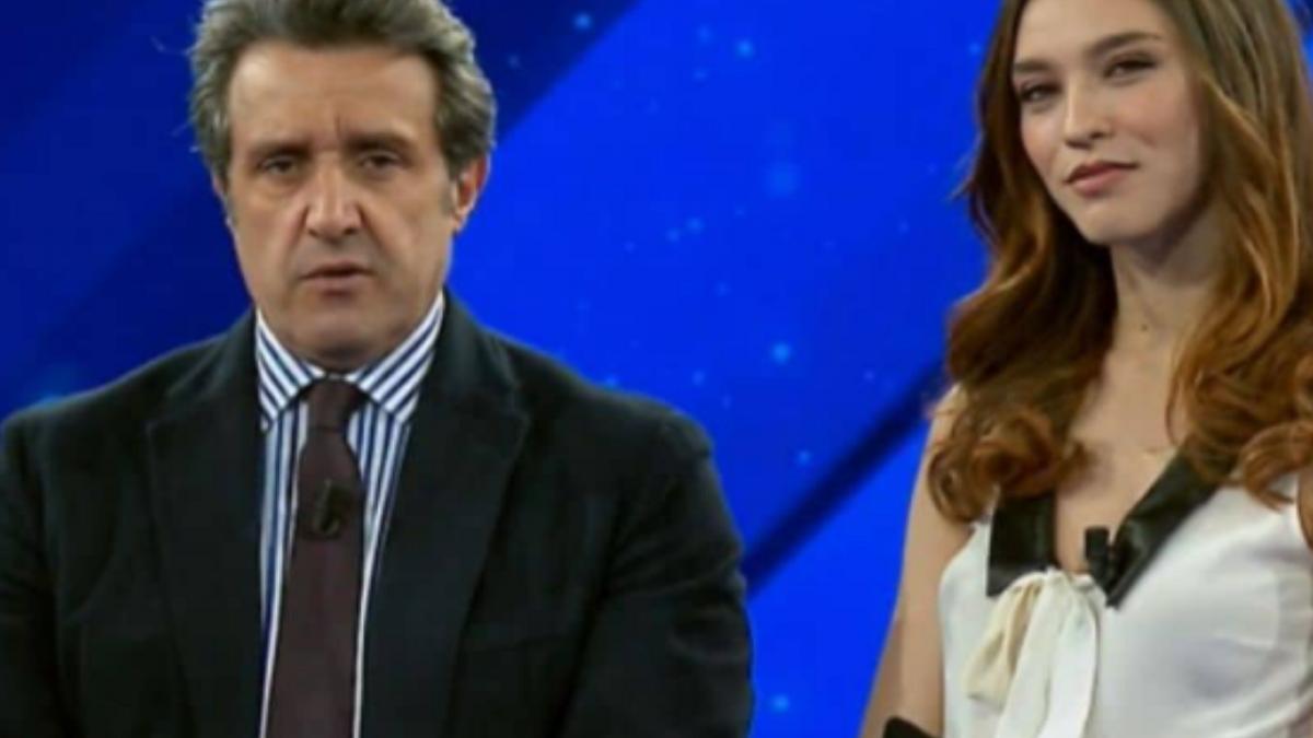 """UeD: Ginevra Pisani al fianco di Flavio Insinna nel: """"Il pranzo è servito"""""""