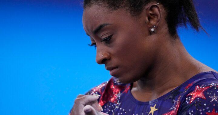 Il dramma sportivo di Simone Biles