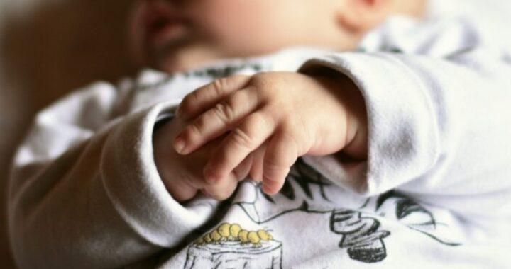 Caserta, l'autopsia del piccolo Francesco, il neonato venuto al mondo ormai senza vita