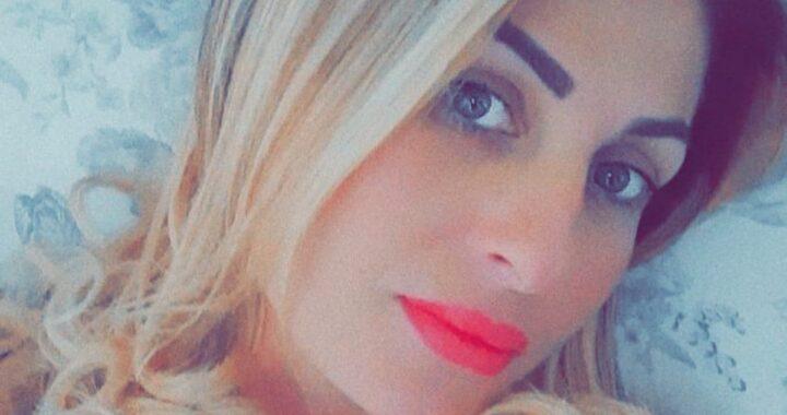Napoli, Mariarca Napolitano è morta dopo un malore in spiaggia: ha lasciato 3 figli
