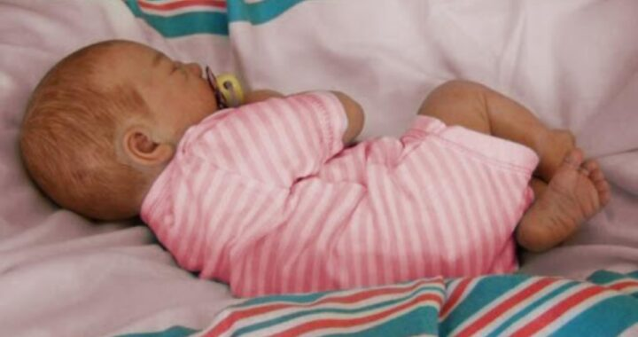 Santarcangelo di Romagna, neonata di 6 mesi perde la vita mentre mangia