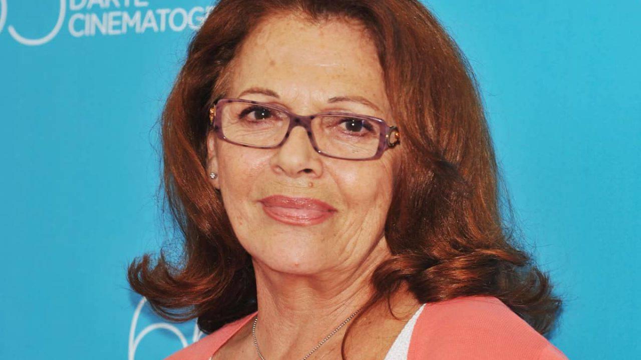Valeria Fabrizi operata all'occhio