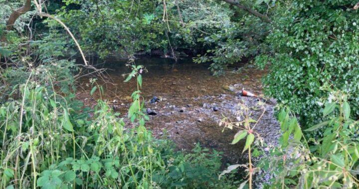 """Bambino di 5 anni trovato senza vita nel fiume Ogmore: """"La porta sul retro era aperta"""""""