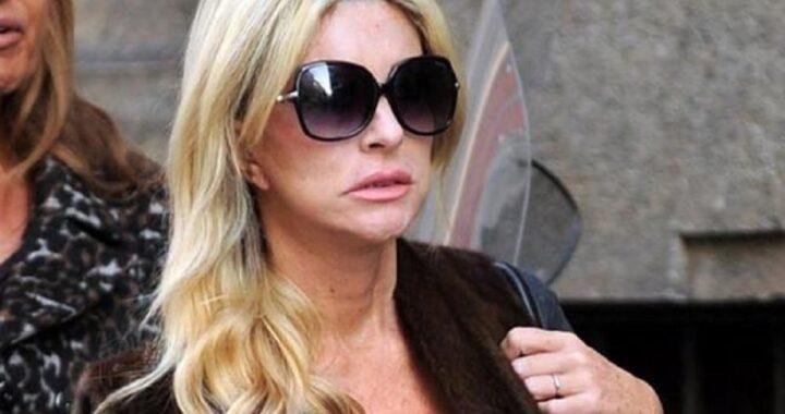 """Paola Ferrari indignata parla della malattia che ha sconfitto: """"Criticare il mio aspetto è grave e volgare"""""""
