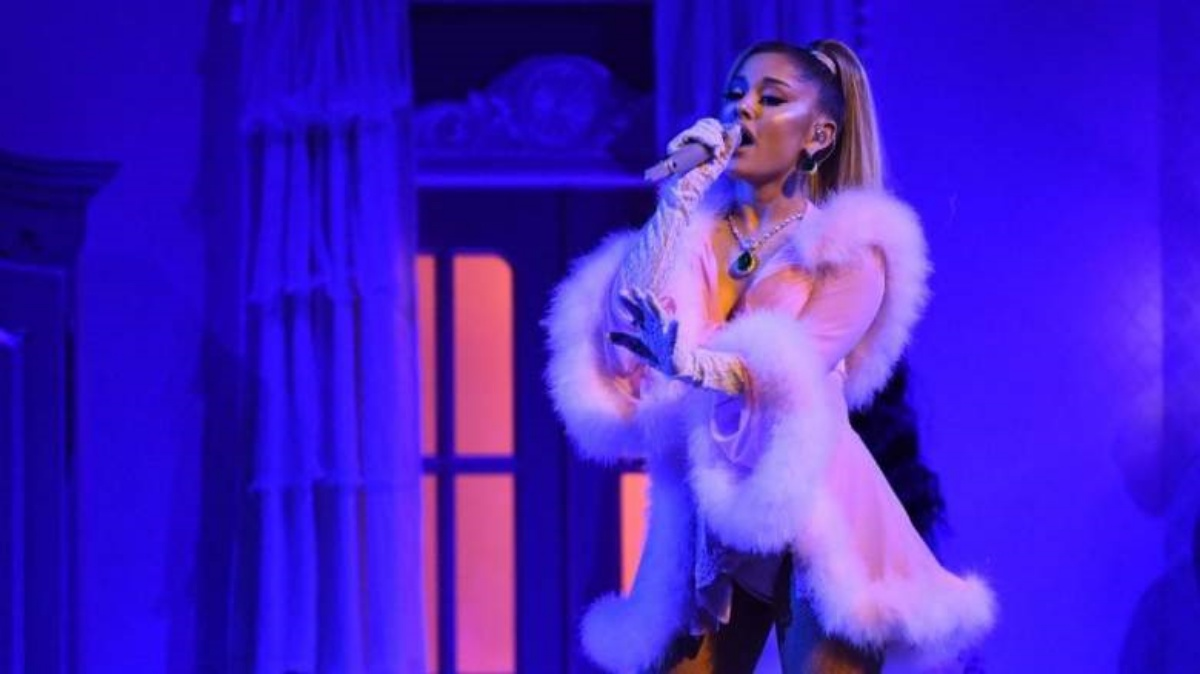 Stalker tenta di aggredire Ariana Grande