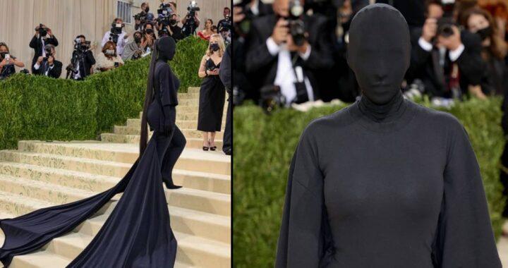Met Gala 2021: il red carpet di Kim Kardashian a volto coperto: il motivo