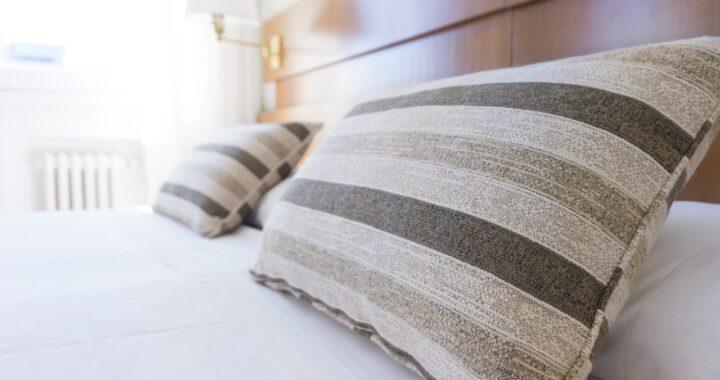 Scegliere la biancheria letto on line per dormire meglio e con stile: 8 proposte convenienti