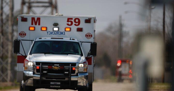 Dramma negli Usa, un bimbo di 2 anni trova una pistola e parte un colpo: è morto