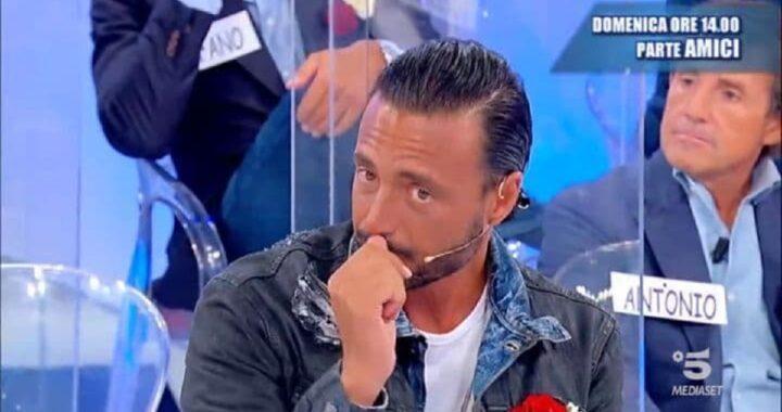 UeD, lacrime sul volto di Armando Incarnato