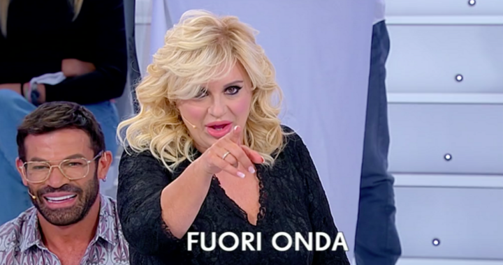 UeD: Sara torna da Biagio. Tina Cipollari lascia lo studio
