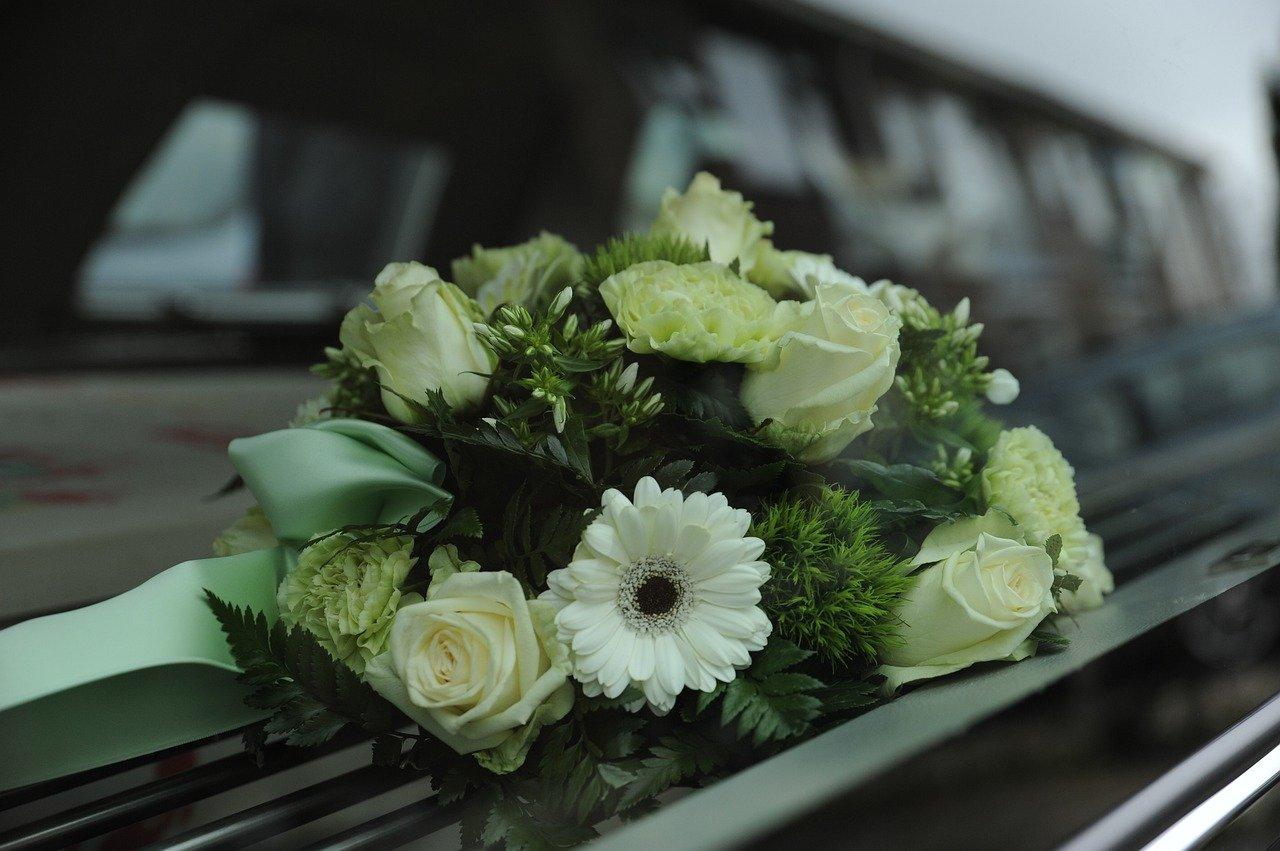Uomo muore in un incidente stradale