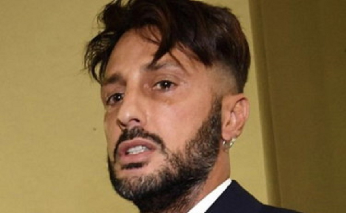 ex re dei paparazzi ha violato arresti domiciliari