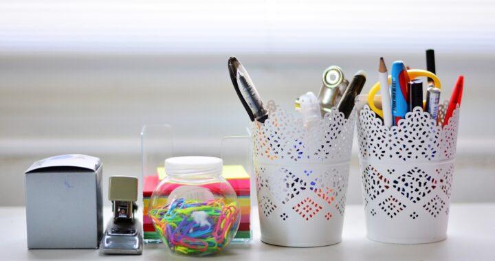 Gli accessori per la scrivania migliori per un ufficio in casa