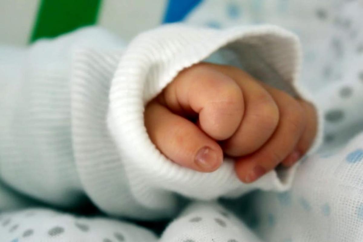 eroina bimbo 18 mesi