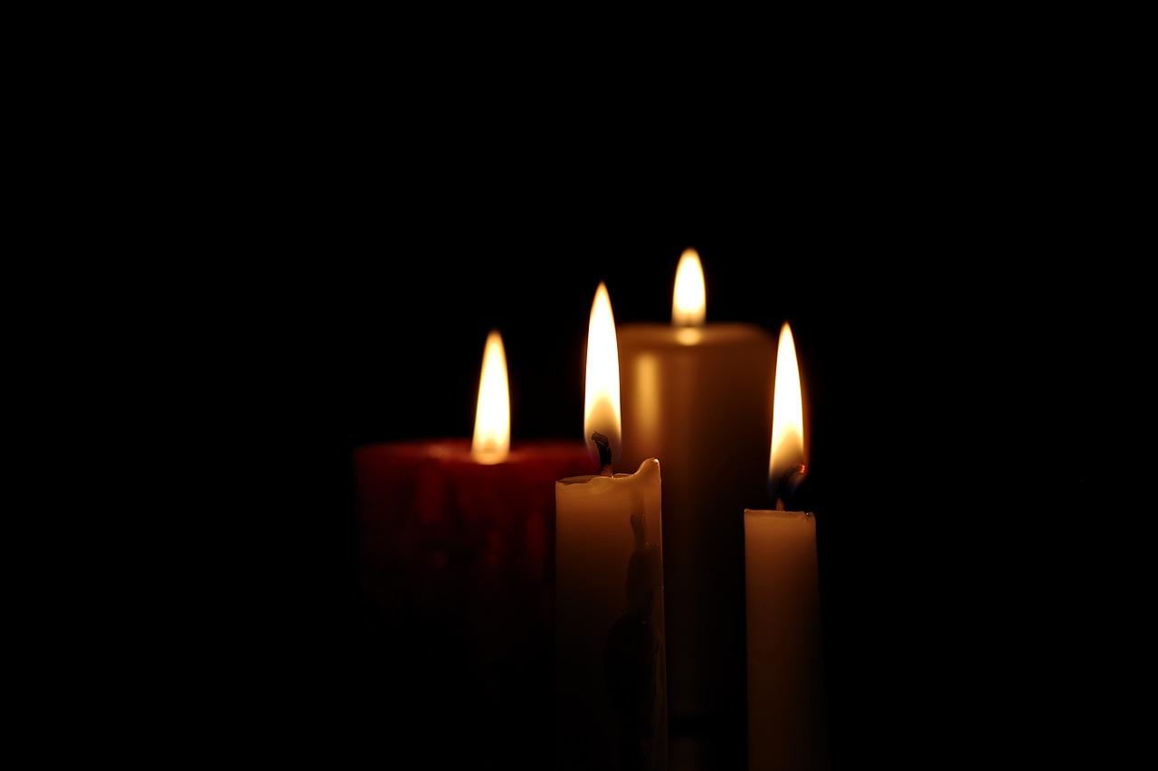 Donna di 36 anni muore in casa
