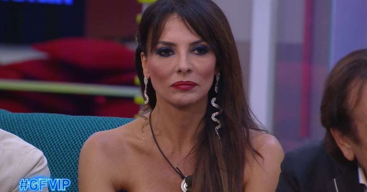 GF Vip: Miriana chiarisce il bacio a Nicola Pisù