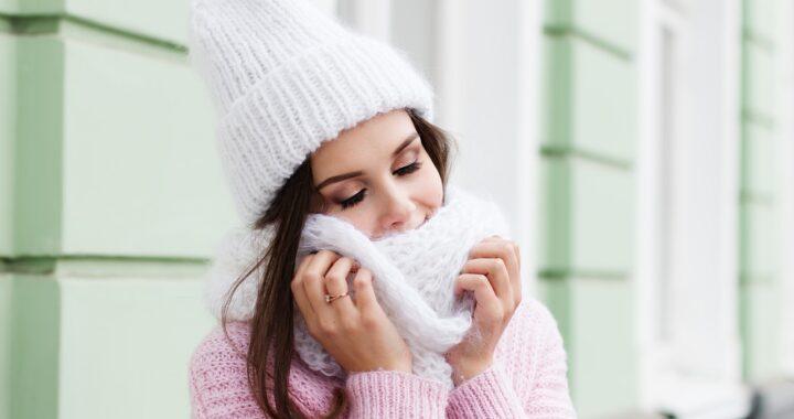 Le più belle e calde sciarpe da donna per la stagione fredda