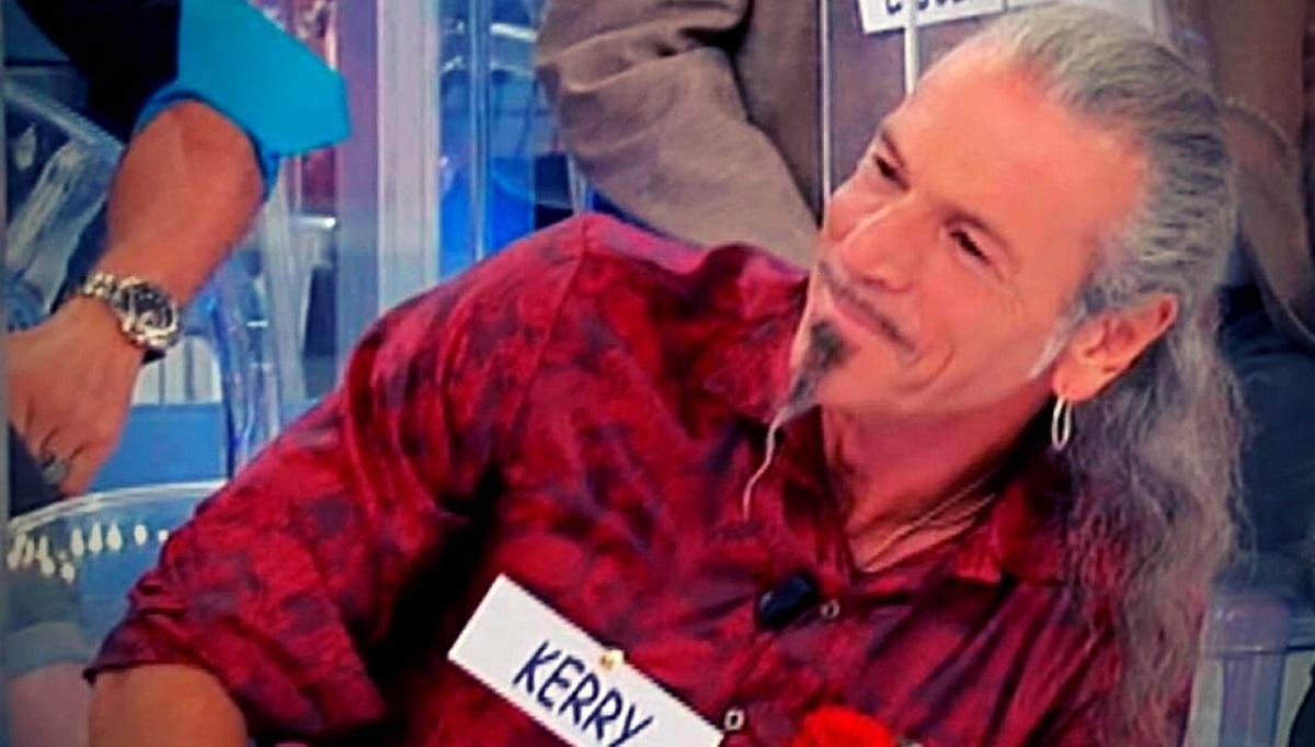 UeD: chi è Kerry il nuovo cavaliere del trono Over?
